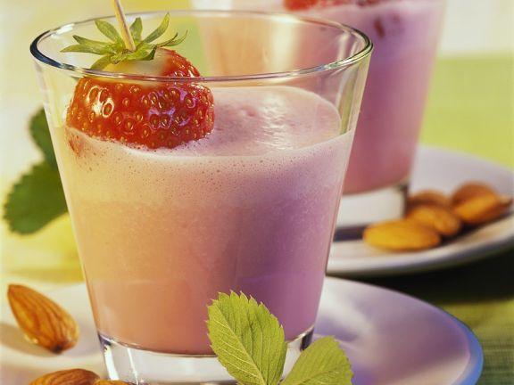 Erdbeer-Milchshake ist ein Rezept mit frischen Zutaten aus der Kategorie Shake. Probieren Sie dieses und weitere Rezepte von EAT SMARTER!