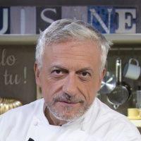 Impazzite per la maionese ma non volete farla impazzire? Lo Chef Davide Scabin vi svela come realizzare la maionese perfetta fatta in casa!