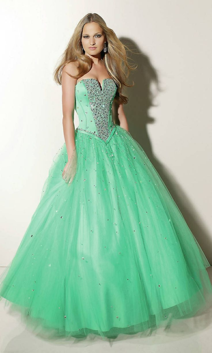 26 best images about Prom dresses on Pinterest | Blue ball gowns ...