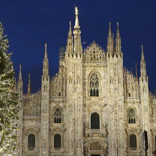 Christmas Decorations in Milan