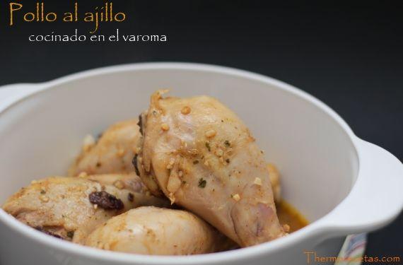 El plato ideal para las dietas hipocalóricas: pollo al ajillo, cocinado dentro de una bolsa de asar, al vapor en el recipiente varoma.