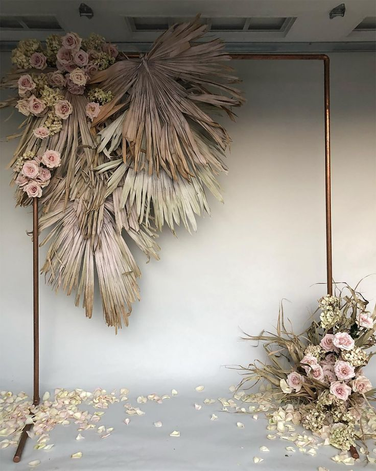 Now in vogue: dried flowers for your wedding (and all the cool ways to integrate them!) - Nikki Le Moigne