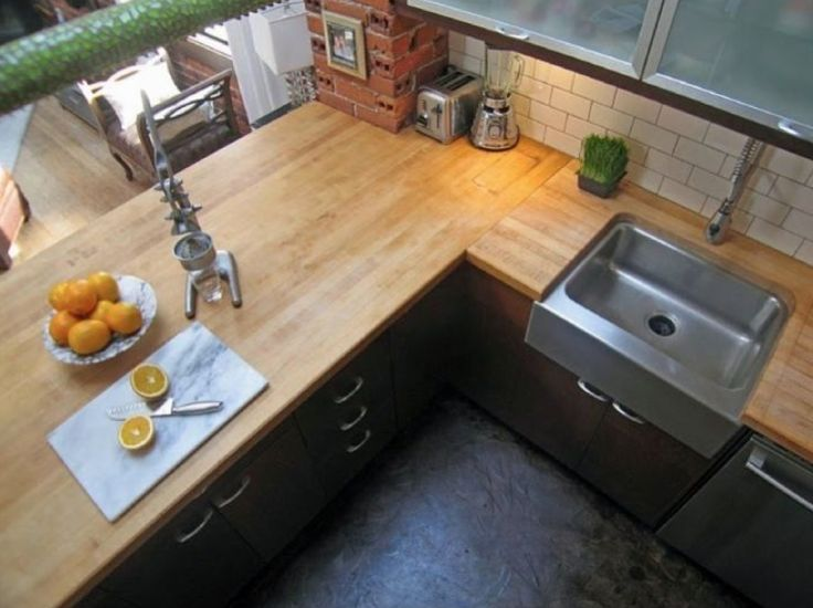 S Kitchen Floor