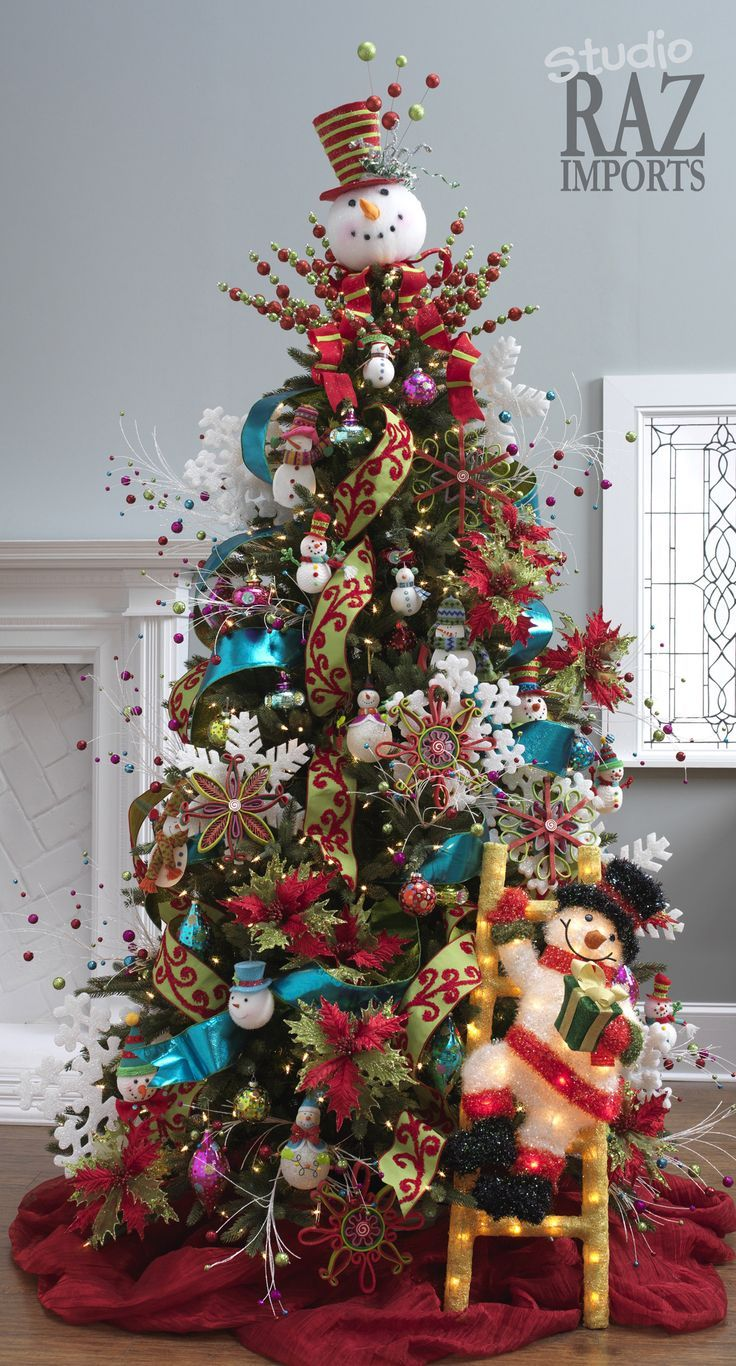 Christmas tree decorated with pictures on it - 60 Gorgeously Decorated Christmas Trees From Raz Imports