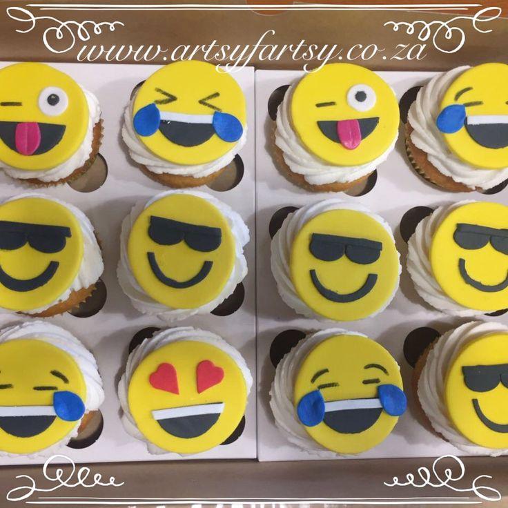 Emoji Cupcakes #emojicupcakes