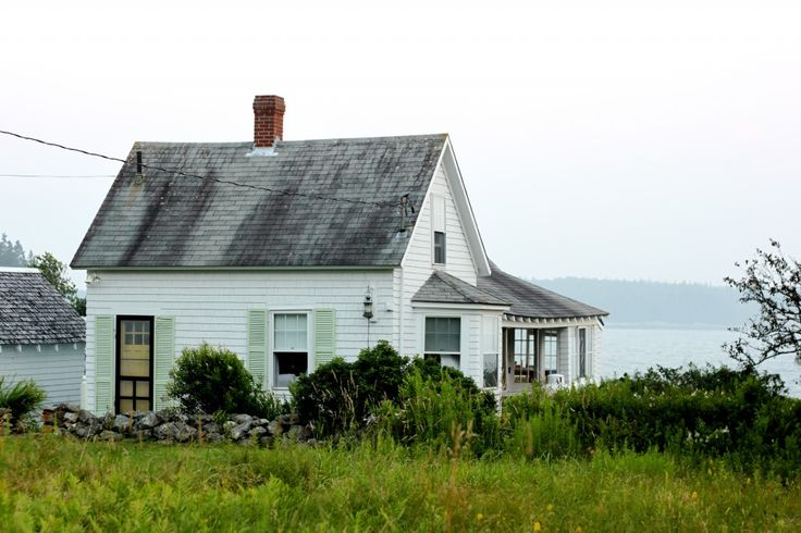 Best 25 maine cottage ideas on pinterest cottages for Maine cottage house plans