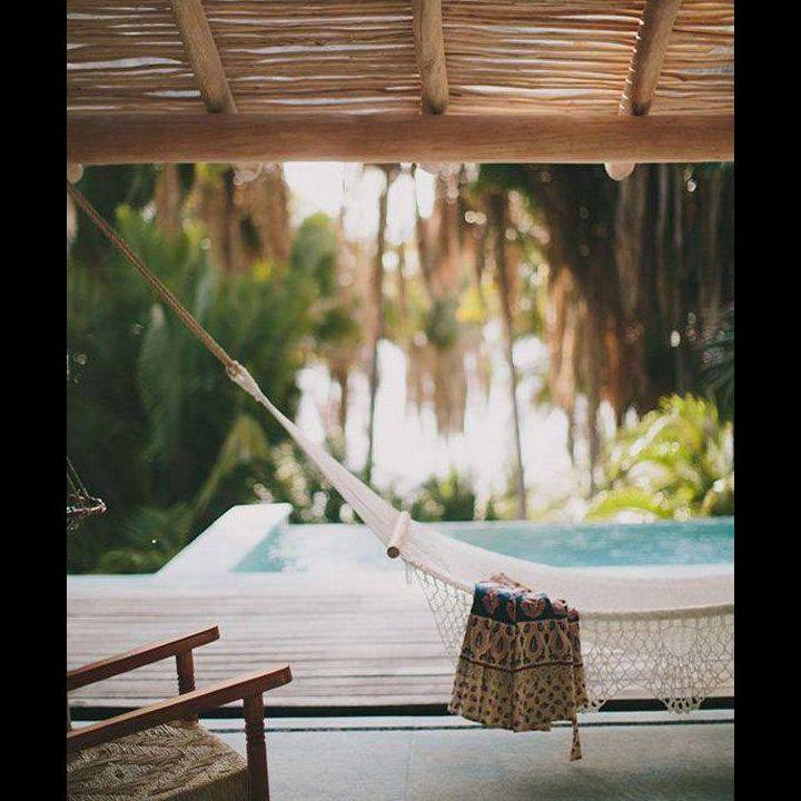¡Relájate y disfruta de la tarde! #SunDay #Domingo #Relax #ChicasROXY