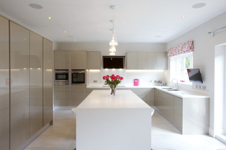Rialto High Gloss  Handleless - another lovely kitchen from Hawk Interiors