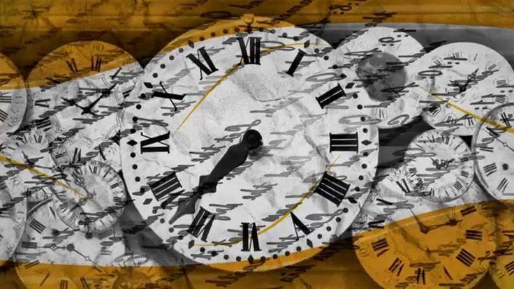 """""""Amasando el tiempo"""", de Marcos Santander Llona. El tiempo y el espacio son dos conceptos fundamentales en poesía, que Marcos Santander sabe conformar en Amasando el tiempo. En este poemario logra que lo particular sea sentido por el lector como propio, integrando lo local, lo urbano y lo costumbrista. El aquí y el hoy traspasan sus límites para llevarnos al siempre y en cualquier lugar. Calles de mundos propios y ajenos que se bifurcan y desembocan en patios de juegos desligados de lo…"""