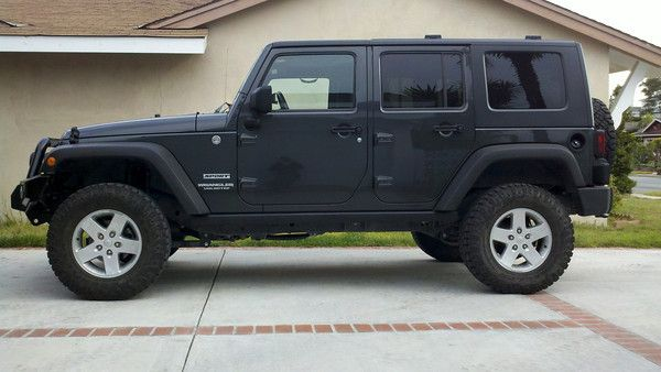"""AEV 2.5"""" lift with 285/70-17 Duratrac's 