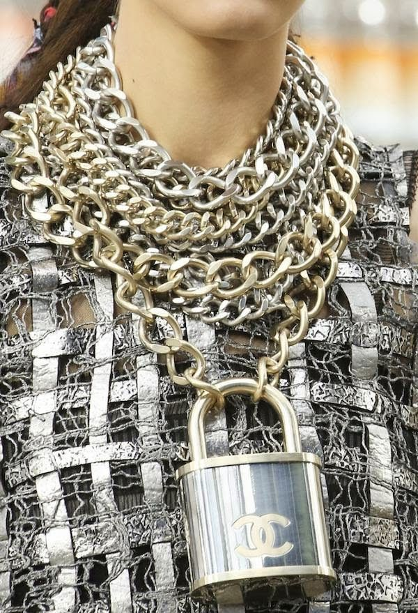 Chanel Fall 2014 ~I think this is a test from la Maison Chanel. Who would be dence enough to actually buy this....FashionVictimsOnOverdrive~
