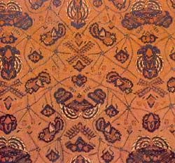 Satrio Manah, Batik Solo design. When making a proposal of marriage, the wali (male relative of the girl), wears a batik with the Satria Manah motif, denoting that when a satria or knight, took aim with his bow and arrow, the arrow would be sure to hit the target, meaning, of course that the proposal will be accepted.