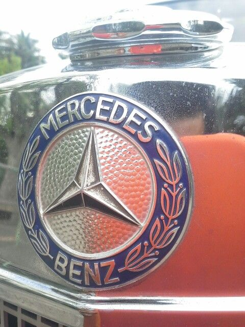 Emblem Benz