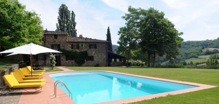 Tuscany Villa Rental, Tuscany Vacation Rental. This villa rental could be considered a perfect Tuscany vacation rental for anyone who wants to combine a relaxing day at the pool, a short walk to a nearby winery where taste high quality Chianti Classico wines.  #tuscany #vacation #villa #rental