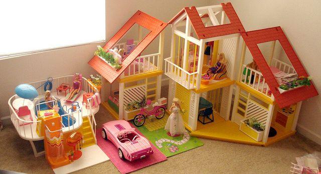 Barbie Dream House by Barbie Creations, via Flickr