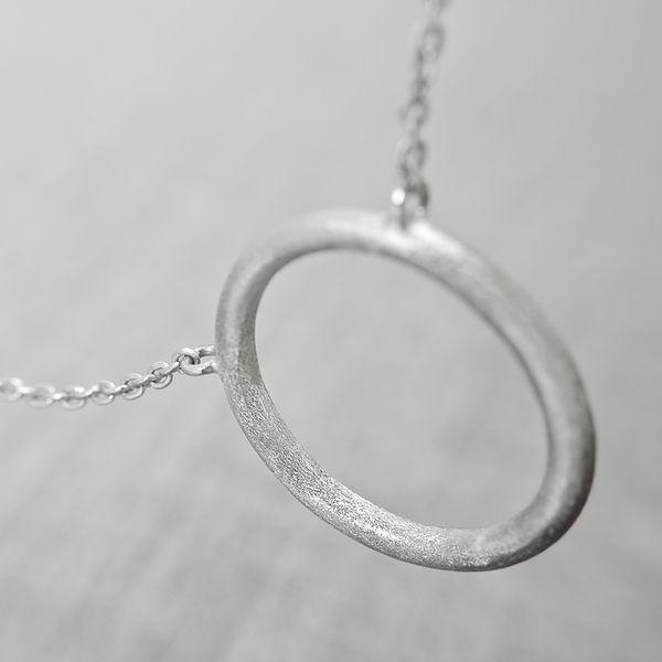 Delicate #dainty #silver necklace by Zosha. #fiftyshadesofgrey