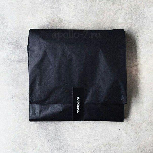 Ваша любимая бумага тишью черного цвета придаст изюминку вашей упаковке! Пока в наличии! Но разбирают очень быстро ✌ Легкая, воздушная и непрозрачная! Бумага ТИШЬЮ тоненькая 17гр черного цвета, размер листа 76х50см. Цена по акции на большую упаковку 480 листов = 4500р.