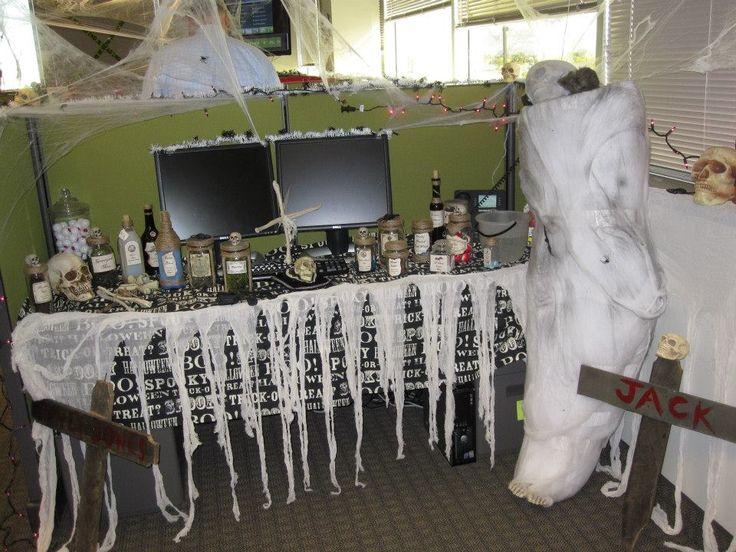 Decorating Ideas > 25+ Best Ideas About Halloween Cubicle On Pinterest  ~ 231044_office decorating ideas halloween