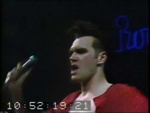 13) The Smiths : : This Charming Man (Encore) : : Live - Markthalle Hamburg, 04 May 1984