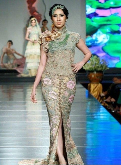 Model Kebaya Modern Lengan Pendek Ivan Gunawan Baju Kebaya
