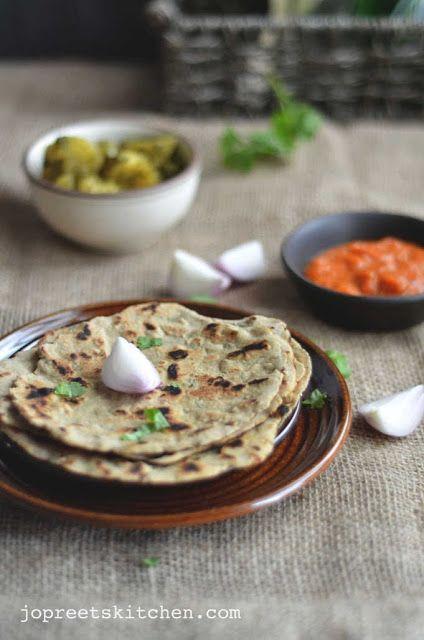 Bajra Roti aur Lahsun ki Chutney (Pearl Millet Flatbread with Garlic ...