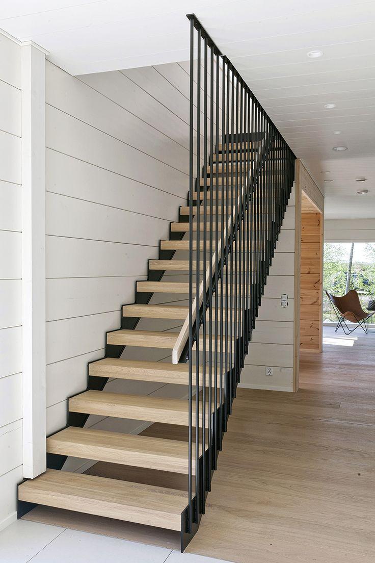 Honka Markki. Modern stair by Grado.