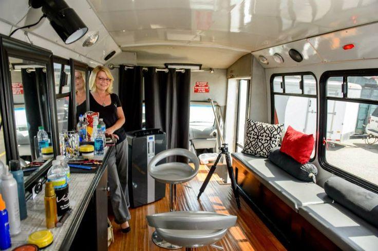 25 best ideas about mobile beauty salon on pinterest for Bus mallemort salon