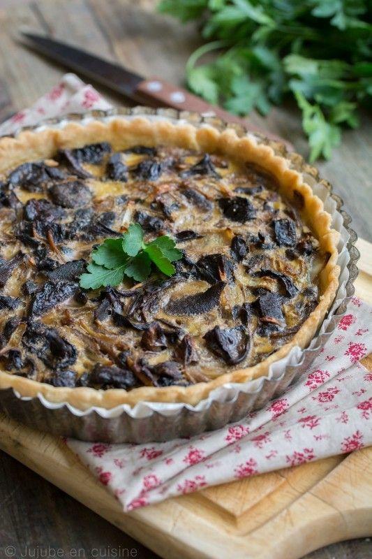 Tarte aux champignons (cèpes et bolets) et huile d'olive à la truffe blanche