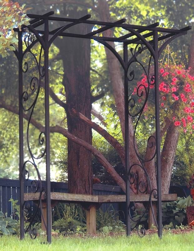 Metal Garden Arbor w Vines in Black