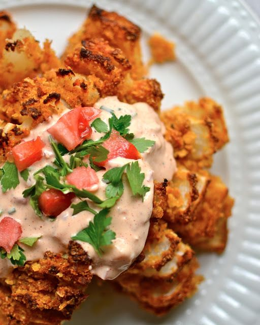 Yammie's Noshery: Baked Bloomin' Onion, bake at 425 for 45 minutes, food, snacks, party food, perfect for a steak side on a summer day