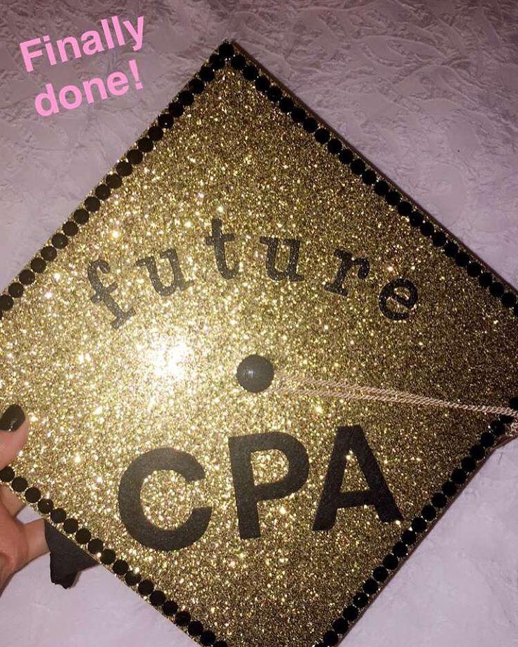 Finance Graduation Cap Title
