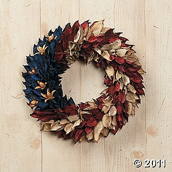 red, white and blueDecor, Fourth Of July, Rag Wreaths, Americana Wreaths, Front Doors, 4Th Of July, July 4Th, Floral Wreaths, Crafts