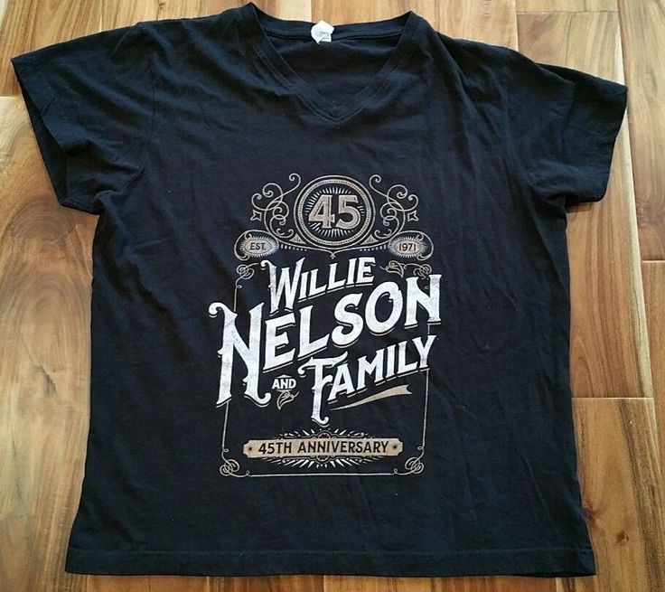 Willie Nelson And Family 45th Anniversary black v-neck T-Shirt Women's Ladies XL