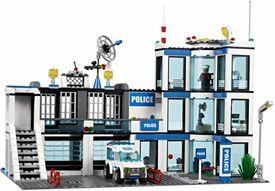 LEGO City Set #7498 Police Station