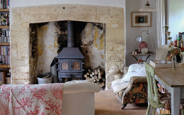 Interiors Restoring A Country Cottage To Its Former Glory