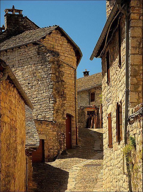 Sainte Énimie              #France #travel #holiday