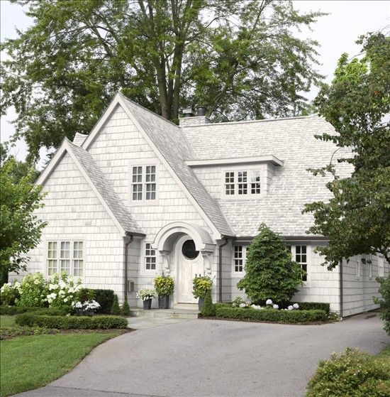 major charm and curb appeal