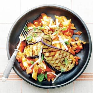 Recept - Penne arrabbiata met aubergine - Allerhande