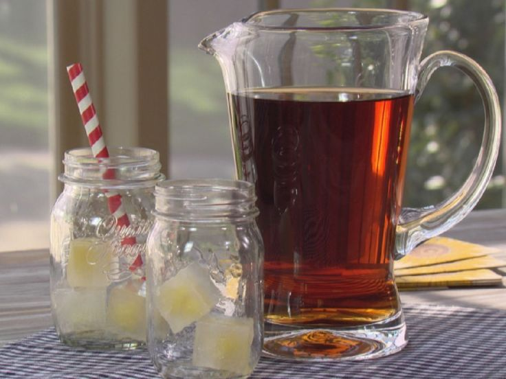Get this all-star, easy-to-follow Pineapple Sweet Tea recipe from Trisha Yearwood