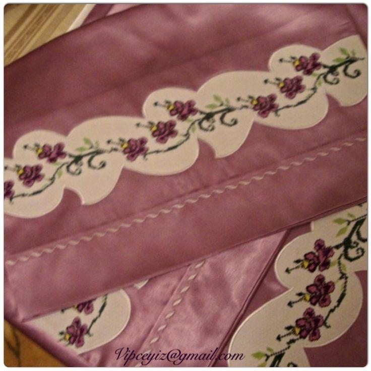 Crossstick bedding,bedspreat and piquet set.