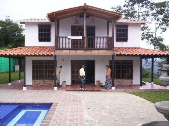 Casas campestres prefabricadas prefabricada pinterest for Casa mansion bogota