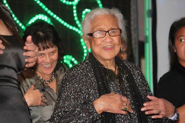 Ko Te Haerenga o te Mangai (Noa) Nicholson tenei. Ki a Matou ko nanny Noa, 96 ona pakeke, kua tae tenei ki te tihi o te angitu.