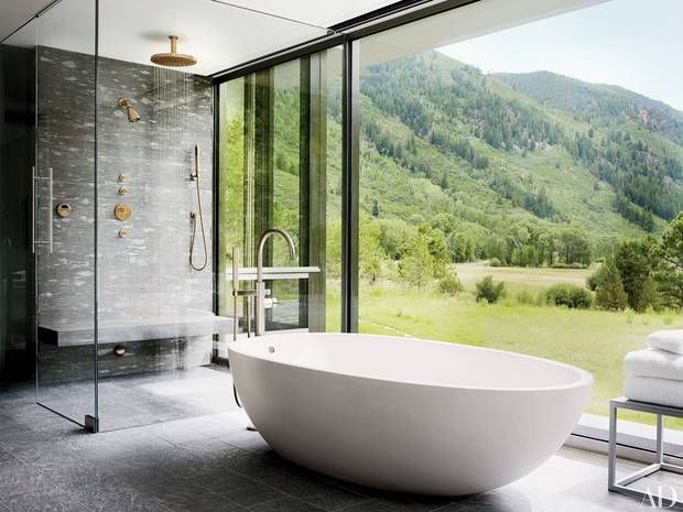 best views bathtub with view of mountains in aspen www.gorgeoustubs.com