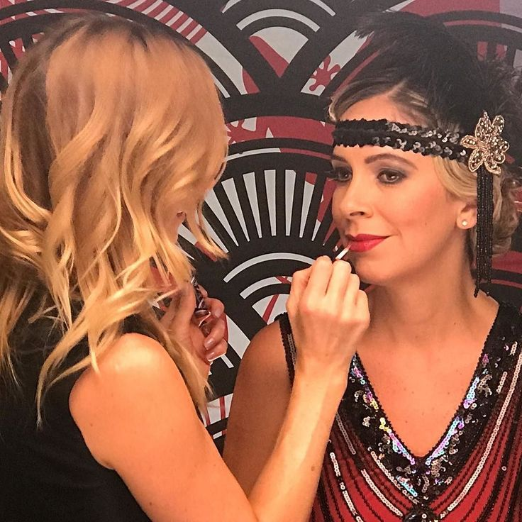 @the_visagiste applying gorgeous red Dubonnet to our model @travelgypsy007