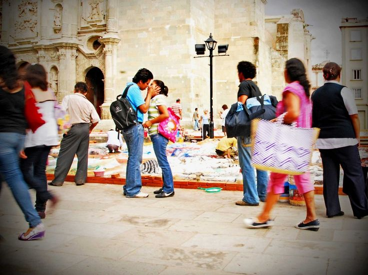 5 ways to set your travel photos apart from the masses...: Photos Stuff, Travel Photos, Photography Help, Well Travel Places, Oaxaca Mexico, Vivid Photography, Photography Reference, Travel Photography Tips, Great Tips