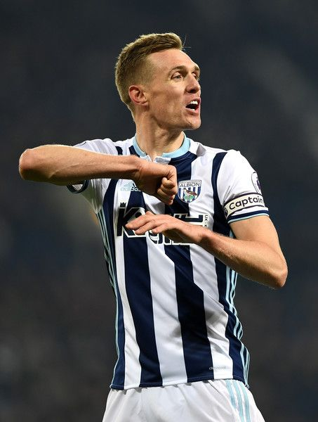 Darren Fletcher of West Bromwich Albion claims that someone elbowed him during the Premier League match between West Bromwich Albion and Sunderland at The Hawthorns on January 21, 2017 in West Bromwich, England.