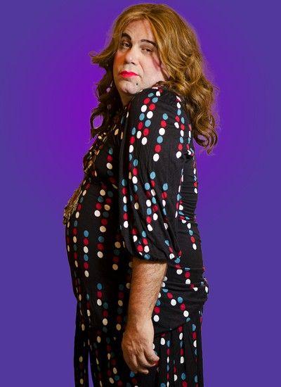 Otávio Muller travestido na peça 'A Vida Sexual da Mulher Feia' (Foto: Fernanda Sabença)