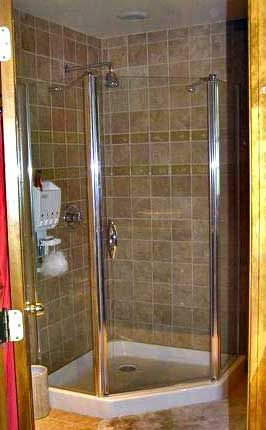 tile+corner+shower+ideas | These bathroom remodeling projects incorporate the latest bathroom ...