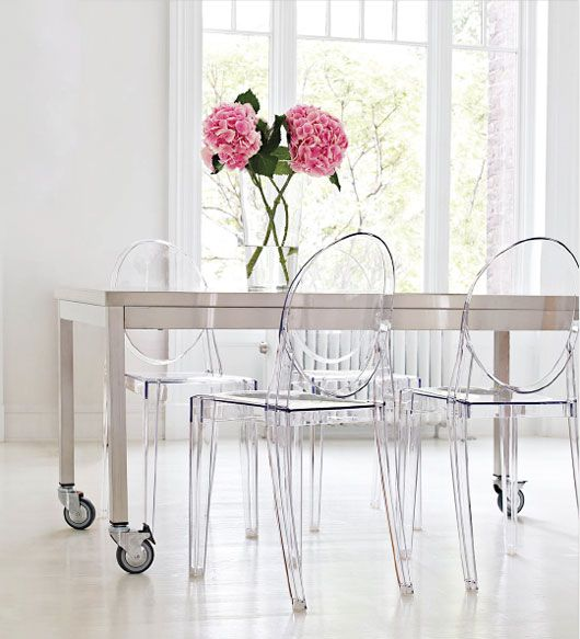 ghost chairsPhilippe Starck, Dining Room Tables, Dreams House, Interiors Design, Diningroom, Clear Chairs, Ghosts Chairs, Contemporary Design, Side Chairs