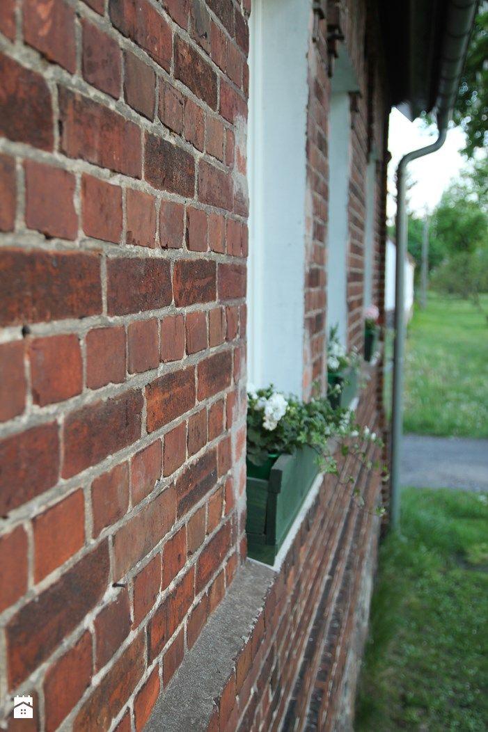 Ceglany dom. - zdjęcie od Agnieszka Kijowska - Domy - Styl Tradycyjny - Agnieszka Kijowska, brick house, brick house, diy, green doors